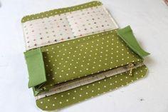 DIY Fabric Wallet for Women Picture Tutorial. ~ Шьём кошелек - портмоне.