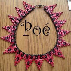 Poé gyöngyei - Éva Pálné - Picasa Web Albümleri 4th Of July Wreath, Beadwork, Collars, Bracelets, Bead, Necklaces, Pearl Embroidery, Bracelet, Arm Bracelets