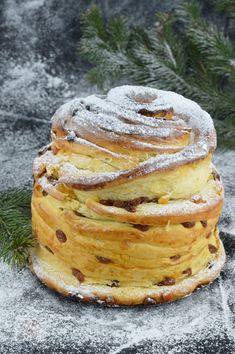 Cozonac Cruffin - CAIETUL CU RETETE Lidl, Croissant, Pancakes, Breakfast, Food, Desserts, Morning Coffee, Recipes, Essen