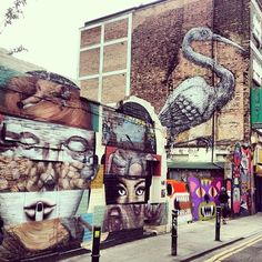 TO SEE : Brick Lane London . Vibrant, multi cultural market. What a fantastic mix of cultures and tastes there are on Brick Lane. The variety of foodis is amazing, and the smells are out of this world. #bricklane #Londonmarkets #market #London #Londonmoments