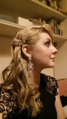 Great Gatsby hair and makeup. '20 for a theme party. Curl your hair and put some strass :)