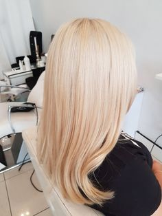 Fresh blonde  Scalp bleach toner treatment blow wave  #blonde #hair #creamyblonde #hair