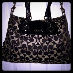 GORGEOUS COACH ASHLEY BAG16x11x3 super cuteSilver hardware1Lg center zipperOne small zip pocket. Three other small pocketsLots of room24INCH ADJ. SHOULDER STRAPTAN/BLACKNO FLAWS TO REPORT Coach Bags Satchels