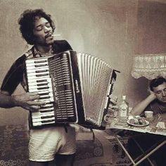 Rare photo of Jimi Hendrix. <3