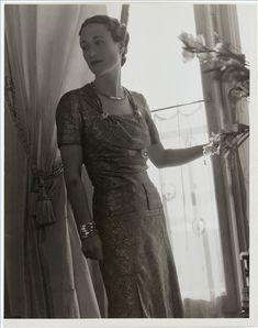 Portrait de la duchesse de Windsor par François Kollar   Palais Galliera   Musée de la mode de la Ville de Paris