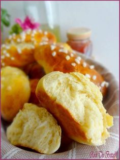 Petits pains au lait excellentissimes Cooking Chef, Cooking Time, Croissants, Baguette, Brioche Bread, Thermomix Desserts, British Baking, Bread And Pastries, Turkish Recipes