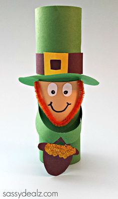 Leprechaun Toilet Paper Roll Craft For St. Patrick's Day #Toilet paper tube art project #St Pattys day craft | http://www.sassydealz.com/2014/02/leprechaun-toilet-paper-roll-craft-st-patricks-day.html