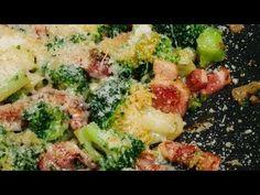 Broccoli cu usturoi, bacon și parmezan - YouTube Parmezan, Sprouts, Bacon, Vegetables, Youtube, Food, Essen, Vegetable Recipes, Meals