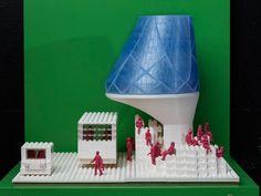 A ideia da UrbanLab é fazer com que a água acumulada em pontos de ônibus seja reutilizada no abastecimento de residências e de estabelecimentos comerciais. Além das peças LEGO, foi também utilizada uma impressora 3D na concepção do projeto.