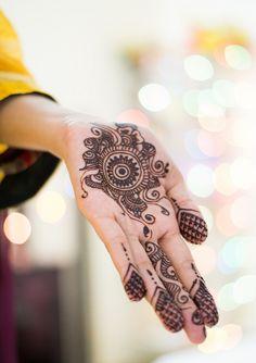 Mehndi by Aliza Azhar
