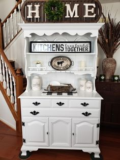 Vintage hutch made over w chalk paint & water based polyurethane. Click photo to see more farmhouse hutches like this that were made over w chalk paint & get some fresh ideas! Vintage Hutch, Vintage Farmhouse, Farmhouse Decor, Hutch Makeover, Furniture Makeover, Furniture Ideas, Vintage Furniture, Painted Furniture, Chalk Paint Projects