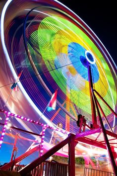 Photo of a Ferris wheel moving, slow shutter speed