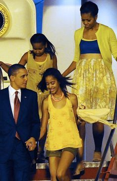 President Barack Obama, First Lady Michelle Obama and First Daughters Malia and Sasha