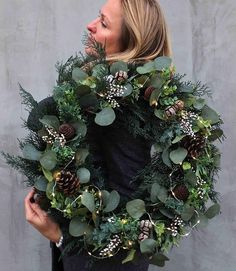 Image could contain: 1 person, plant and flower - # .- Bild könnte enthalten: 1 Person, Pflanze und Blume – Image could contain: 1 person, plant and flower – # could - Spode Christmas Tree, Christmas Door Wreaths, Christmas Flowers, Noel Christmas, Holiday Wreaths, Rustic Christmas, Winter Christmas, Christmas Crafts, Christmas Christmas