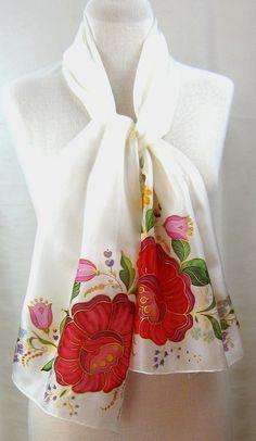 Pañuelo de seda arte Folk Húngaro original. por SilkshinebyEniko