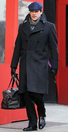 The #MadMen star showed his fashion savvy even on the sidewalk, wearing a double-breasted overcoat accessorized with a flat cap. #JonHamm http://www.instyle.com/instyle/package/general/photos/0,,20551410_20552377_21091449,00.html