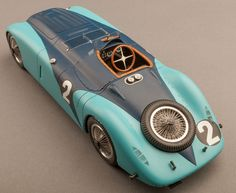 Bugatti Tank, winner of the 1937 24 Hours of Le Mans. Scale Resin Model Car by Spark Más Bugatti Veyron, Bugatti Cars, Porsche 918, Sport En France, Volkswagen, Automobile, Kdf Wagen, Vintage Race Car, Fiat 500