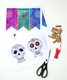 DIY: Banner for Día de los Muertos - An easy craft you can do with the kids to celebrate Day of the Dead
