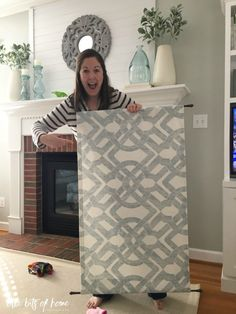 Diy curtains 384143043219539441 - Create with Me- Simple Window Curtain Source by ibambang Front Door Curtains, Bathroom Window Curtains, Bathroom Window Treatments, Curtain For Door Window, Front Doors With Windows, No Sew Curtains, Bathroom Windows, Bay Windows, Burlap Window Treatments