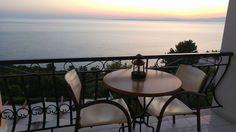 Outdoor Furniture, Outdoor Decor, East Coast, Villa, Dining Table, Home Decor, Decoration Home, Room Decor, Dinner Table