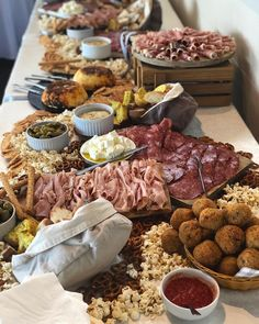 Deluxe antipasto - a great start for guests!