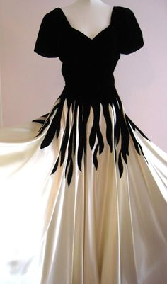 Vintage Fashion: Evening Gown Silk Pane Velvet Ivory Satin, velvet tendrils appliqued to skirt. Estilo Fashion, Fashion Moda, 1940s Fashion, Look Fashion, Vintage Fashion, Lolita Fashion, Vintage Beauty, 40s Mode, Retro Mode