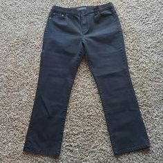 Black Ralph Lauren Jeans Sz 14 Petite Very nice excellent condition Ralph Lauren Jeans sz 14 petite. No rips or stains. I do offer discount bundling so check out my other items. Thanks for stopping by!! Ralph Lauren Jeans