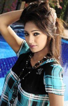 http://entertainmentbd-hd.blogspot.com/2014/09/sifat-e-tahsin-bangladeshi-hot-and-sexy.html