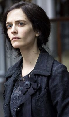 "Eva Green | 'Penny Dreadful' S3 Ep. 1 ""The Day Tennyson Died"""