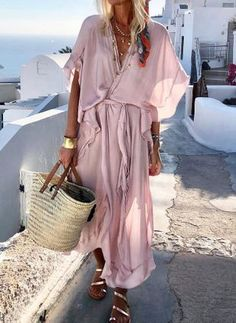 Solid Wrap V-Neckline Maxi Shift Dress solid dress V-neckline maxi dress shift dress vacation style outlook of the day summer in Vacation Dresses, Beach Dresses, Casual Dresses, Dress Beach, Vacation Style, Floral Dresses, Boho Dress, Grey Dresses, Pink Dress