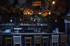 Pierre et Nassim, gérants du Kokob et de l'Amour fou, lancent un nouveau bar, cosy, branché et vintage : De Haus.