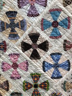 quilting - from center, straight lines, in square. Steam punk quilt completed-