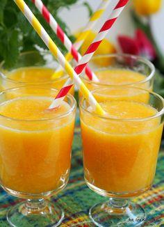 Smaczna Pyza: Ananas , pomarańcze, imbir i już mi nie jest smutn...