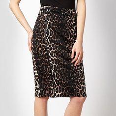 Black animal pencil skirt - Bang on trend this autumn!  Grab it here: http://goo.gl/z6vDF