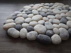 Tapis de bain, Tapis de (feutrine) pierres marble est une création orginale de Flussdesign sur DaWanda