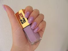 Light purple nails. Cute for Easter !