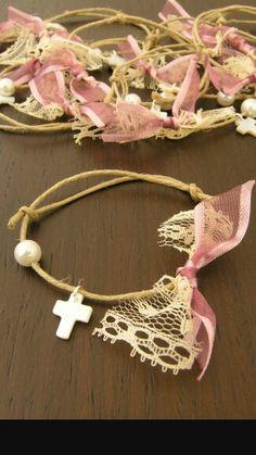 Βαφτιση Crosses Decor, Daughter Of God, Flower Crafts, Easter Crafts, Pearl White, Christening, Diy Jewelry, Crochet Necklace, Handmade Items