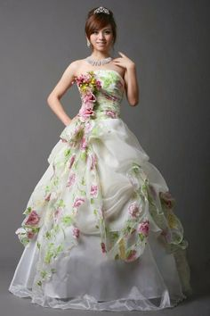 Princess Line Wedding Gown Fairy Evening Bridal Dress | For more detail visit our page www.weddingyuki.com