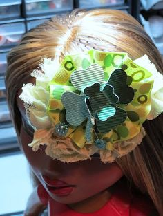 another view... St Patrick's Day Hair clip  http://cestla-viedesigns.blogspot.com/