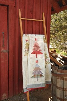 Stitch Up a Festive Field of Christmas Trees - Quilting Digest