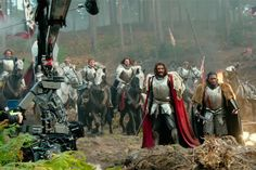 """King Arthur Teased In """"Transformers"""" IMAX Clip"""