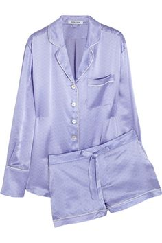 Will I ever own $500 PJs? NOPE. But the Alba Edie printed silk-satin pajama set from Olivia Von Halle at Net-A-Porter would make my wish list if I suddenly won the lotto. I'd LIVE in these ... Jammie Time! 16 PJs We Wanna Live In #refinery29