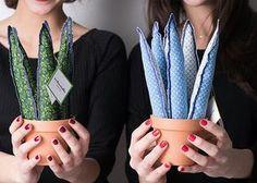 Cactus y plantas de tela hechos a mano. Cosas bonitas y diferentes que dan alegría en cualquier rinconcito.