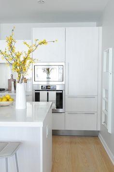 Piso blanco y gris - cocina