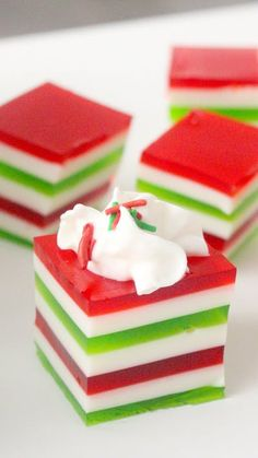 Recipe with video instructions: Jiggle your way through the season with a festive jello treat. Ingredients: 1 box of red jello, 1 cup boiling water, 1 teaspoon powdered gelatin, Jello Desserts, Holiday Baking, Christmas Desserts, Christmas Treats, Christmas Recipes, Christmas Pavlova, Jello Salads, Christmas Foods, Holiday Recipes