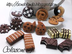 Charms Ciondoli_ Merendine/Biscotti_ Fimo_Hand Made_ Dolcetti Cute Polymer Clay, Polymer Clay Charms, Polymer Clay Projects, Diy Clay, Clay Food, Felt Food, Cupcakes, Cupcake Cakes, Cupcake Tutorial