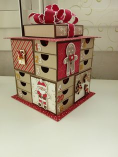 my advent calendar and his tutorial - NINOUCREAS: Creative workshops in Calvados Christmas Paper Crafts, Stampin Up Christmas, Christmas Countdown, Christmas Crafts, Christmas Decorations, Christmas Ornaments, Advent Calendar Boxes, Advent Calenders, Diy Birthday Gifts For Friends