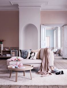 Here are the Pink Living Room Design Ideas. This article about Pink Living Room Design Ideas was posted under the Living Room category by our team at February 2019 at am. Hope you enjoy it and don't forget . Living Room Inspiration, Interior Design Inspiration, Home Interior Design, Design Ideas, Design Trends, Room Interior, Interior Decorating, Interior Sketch, Studio Interior