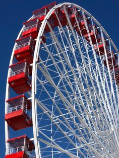 """chasingrainbowsforever: """" """"White, Red & Blue"""" ~ Ferris Wheel by Armando Cuellar on """" Aesthetic Colors, White Aesthetic, Aesthetic Vintage, Aesthetic Pictures, Aesthetic Pastel, Aesthetic Grunge, Photo Wall Collage, Picture Wall, Marvel 616"""