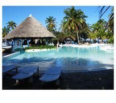 Photo by me. Photo: Diána Rigó Varadero, Cuba #Cuba #Varadero #travel #photography #SwimmingPool